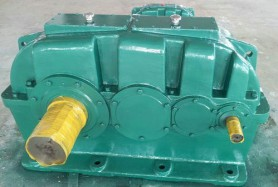 ZSY硬齿面圆柱齿轮减速机